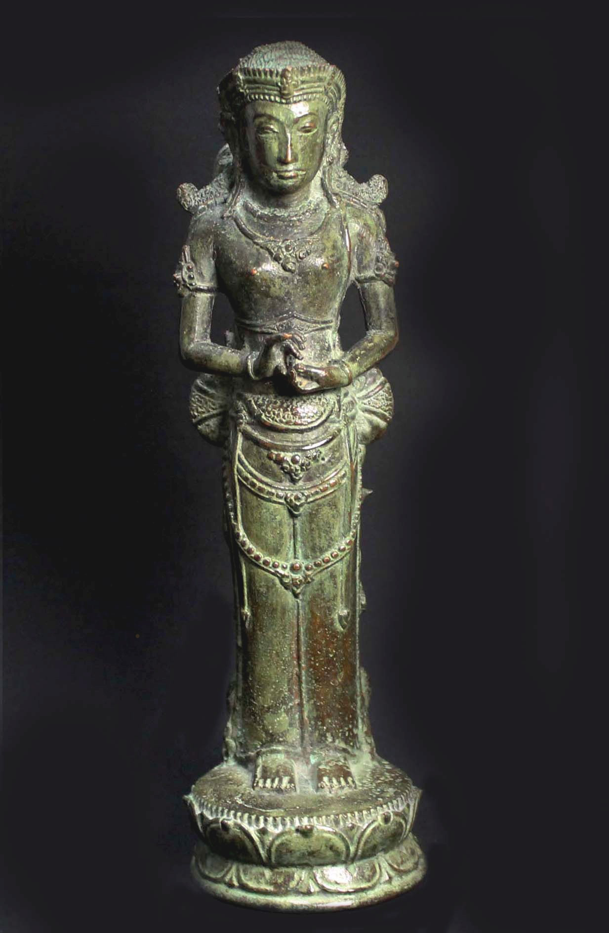 Queen Suhita - front