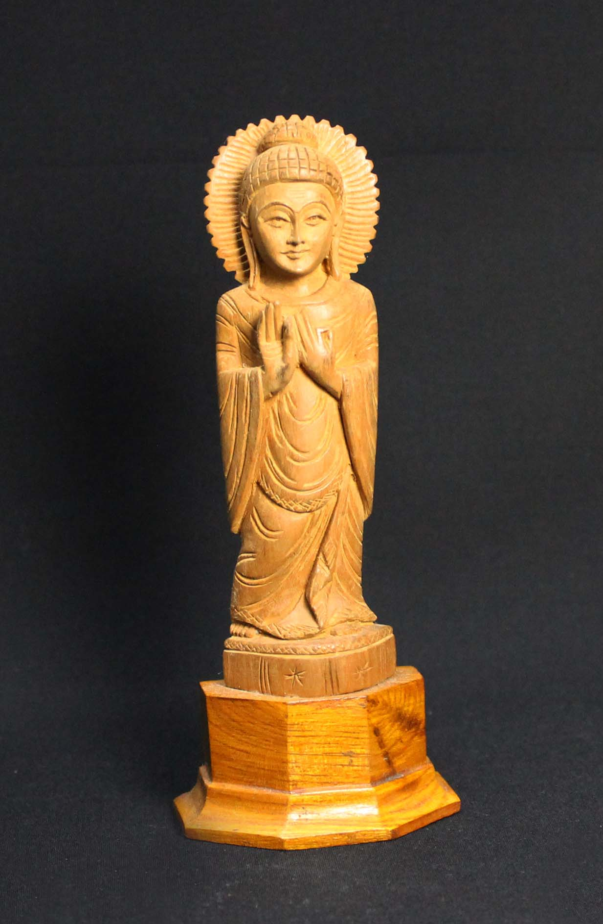 Indian_Sandalwood_Buddha